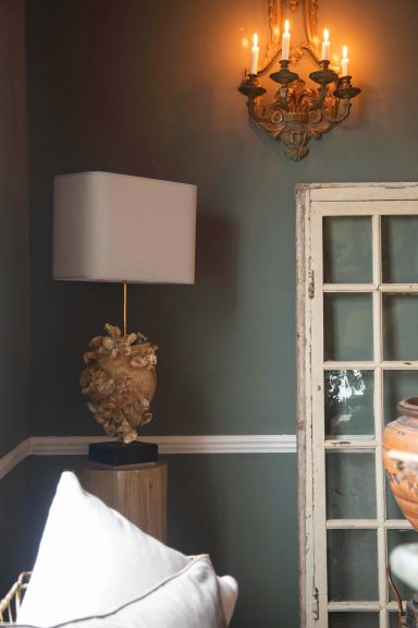 Where home meets garden - Antique soft furnishings and lighting