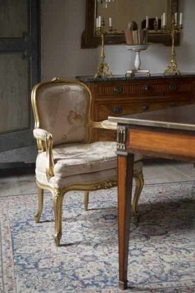 Louis XVI fauteil armchair, Louis XVI bureau plat, Louis XVI commode