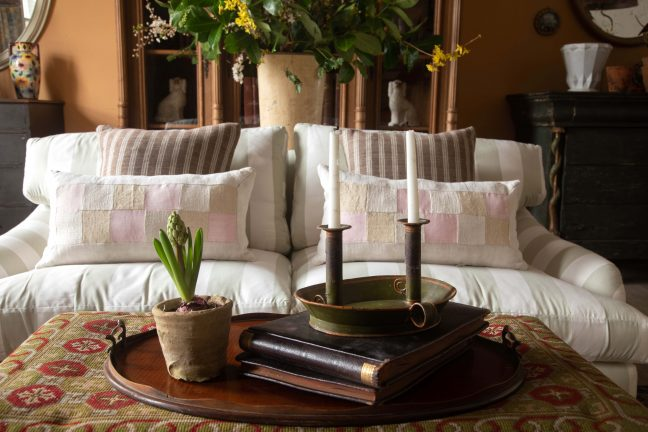 English country house living room, antique furniture
