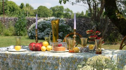 How to use antiques in your summer tablescape