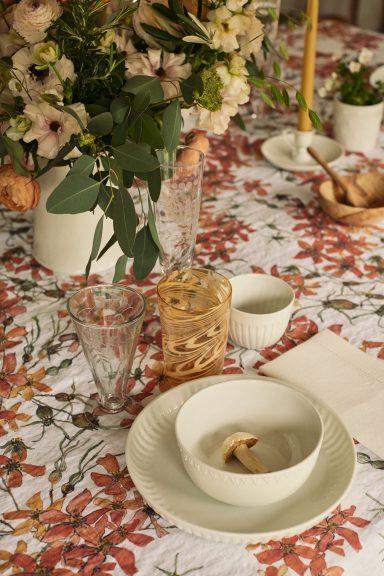 Bertioli by Thyme tablecloth