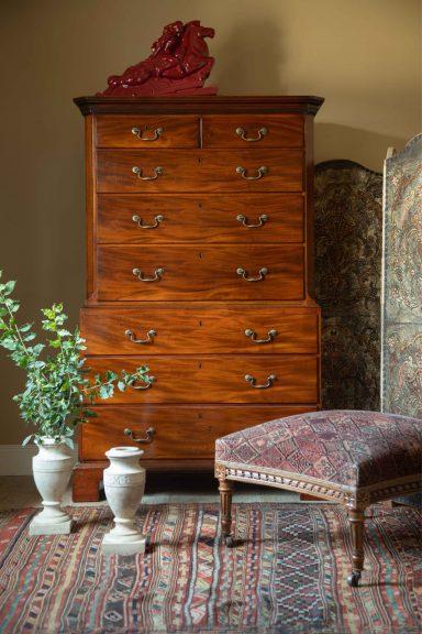 Georgian mahogany chest on chest